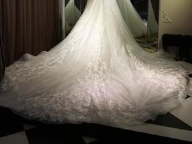 仪式纱A字型一字肩婚纱礼服