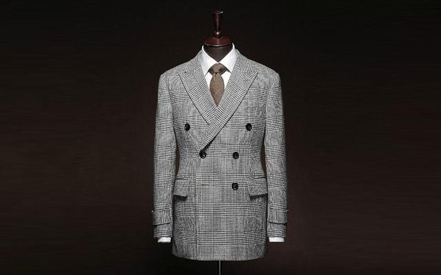【巴朝西服定制】时尚格纹西装尽显内涵与品味