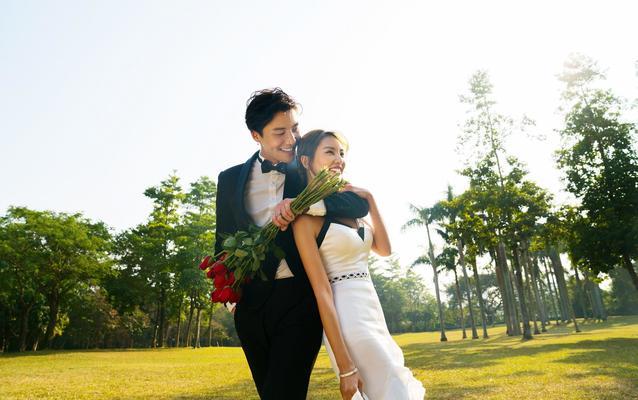 【阳光爆款人气主题】推荐-世华洛婚纱摄影