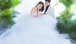 【聚焦】两千平内景+最新款婚纱+多种外景任选