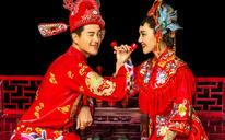 聚焦摄影:中式内景婚纱照