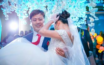摄像师2位(录像)+婚礼快剪 +婚礼全程跟拍