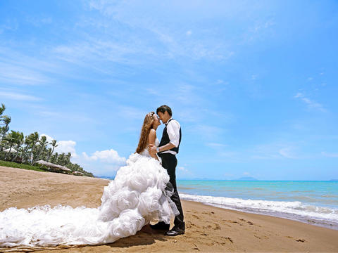 爱度全球旅拍婚纱摄影——三亚风情