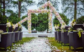 Daling 东湖草坪婚礼