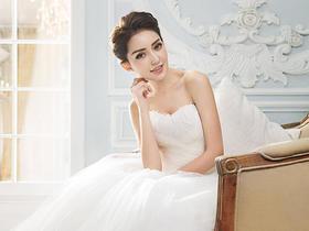 乐玛摄影|法式轻奢婚纱照|全程一对一拍摄