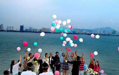 三亚海上浪漫唯美的游艇婚礼