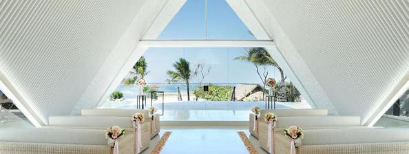 巴厘岛皇家珊蒂教堂海外婚礼,乐惟海外婚礼重庆店