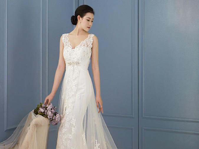 【原爱婚纱】【夏日特惠】4件新娘婚纱套系+伴娘服