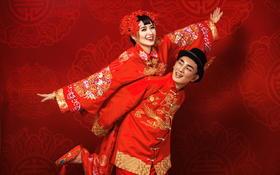 《中国新娘》中式秀禾装 传统中式婚纱照