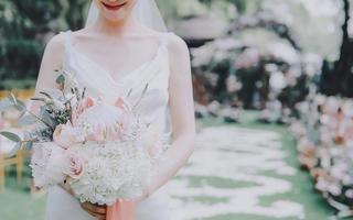 PeanCode 娉蔻婚纱造型工作室