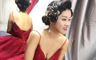 泽颜美妆▪婚嫁美学馆。气质女王红纱