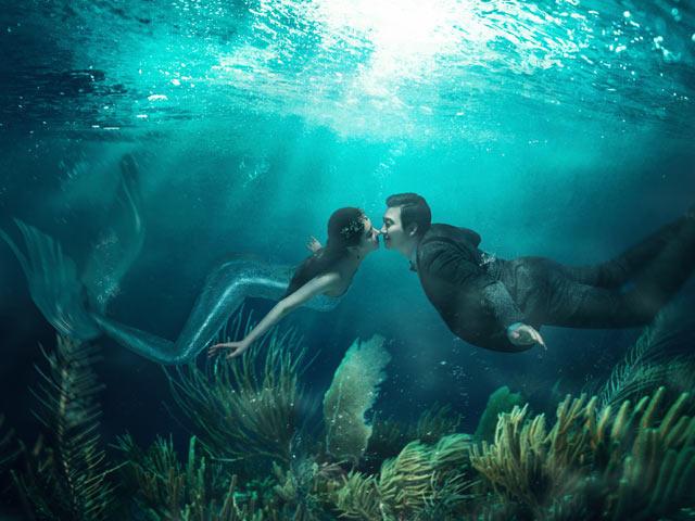 唯美前卫水下美人鱼婚纱照