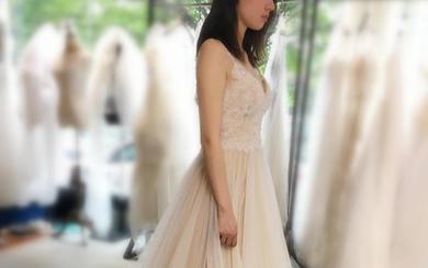 【野生雏菊婚纱】铁打的婚纱,百变的新娘