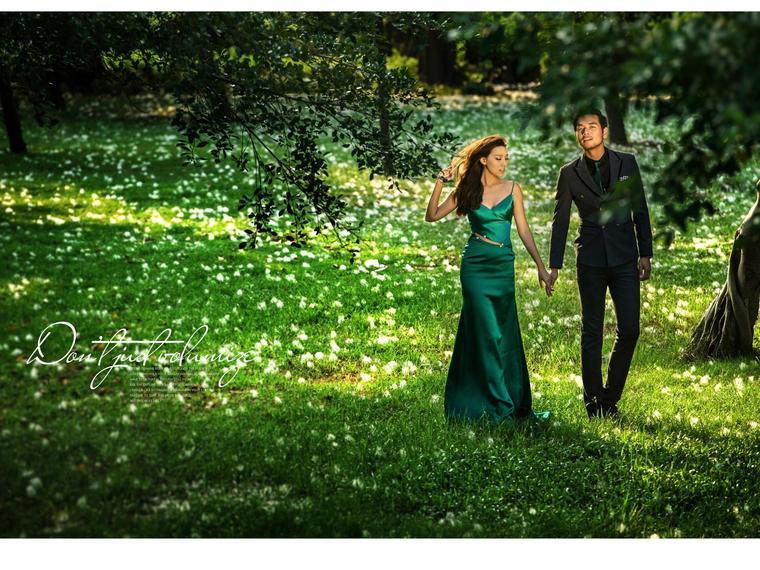厦门巴厘风情婚纱摄影--唯美公园婚纱照