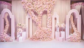 粉粉的婚礼,一场以花作为背景的婚礼