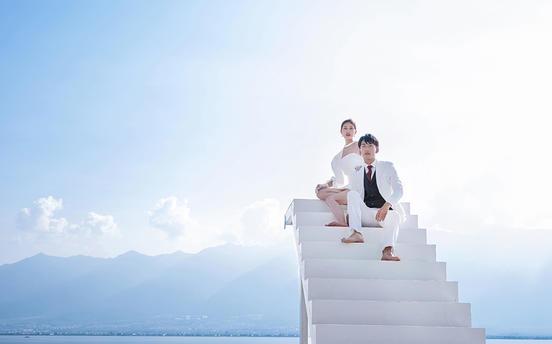 【限购99名】立减一千+总监拍摄+豪华婚嫁大礼包