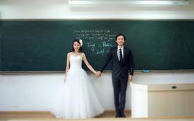 校园婚纱照  |  拍摄地:清华大学