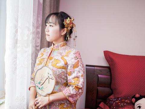 服装-周制汉式婚礼-上午迎亲龙凤褂