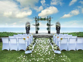 乐惟海外婚礼重庆店,巴厘岛W Hotel沙滩婚礼