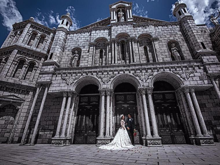 独家专属欧式婚纱照  爱斐堡摄影基地 火爆价4999元
