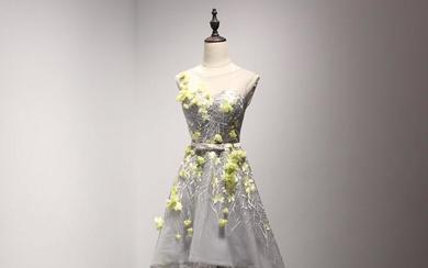 【丝壹礼服】灰色花朵双肩前短后长款礼服