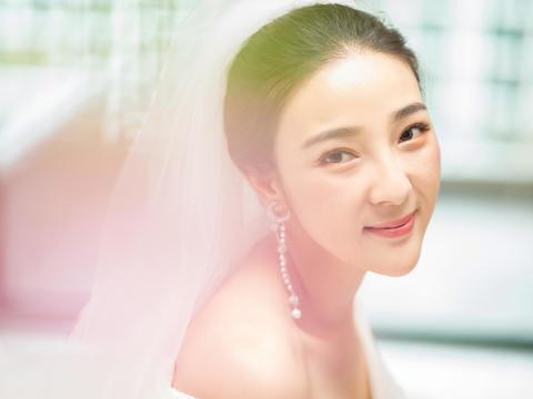 艾丽美妆馆资深化妆师新娘全天跟妆+亲友妆