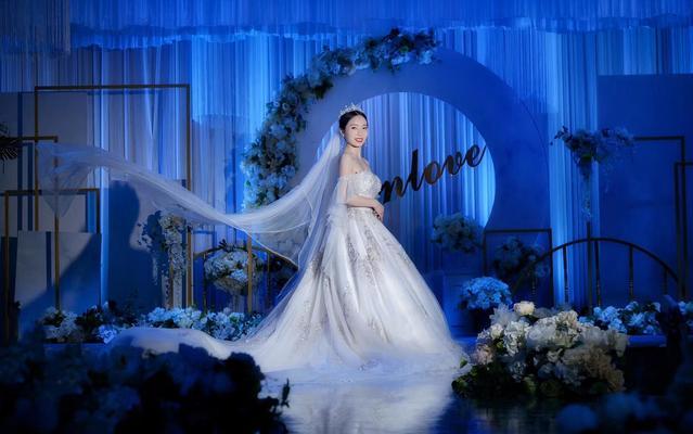 【琳·弗洛拉】新娘的美的像一朵小金花