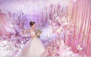 【推荐】艾米丽金牌老师全天跟妆+高级区婚纱一件