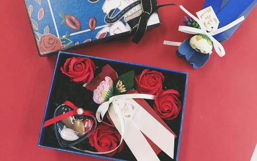 【之昂知礼】魅惑红玫瑰搭配独角兽,强烈视觉冲击感
