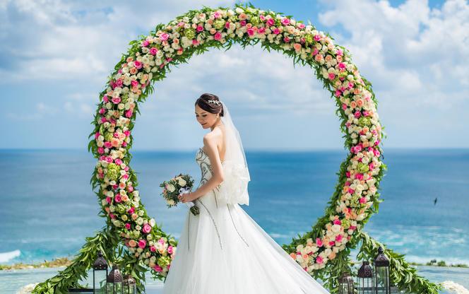 【芊寻海外婚礼】巴厘岛卡玛雅水台婚礼