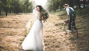 「自然清新」年度榜单,最受新人喜欢婚纱照风格。