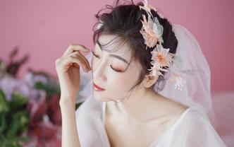 【欣薇婚纱】新晋化妆师+量身定制新娘回门早妆