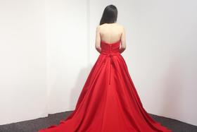 你是我胸口的朱砂痣——红色礼服推荐