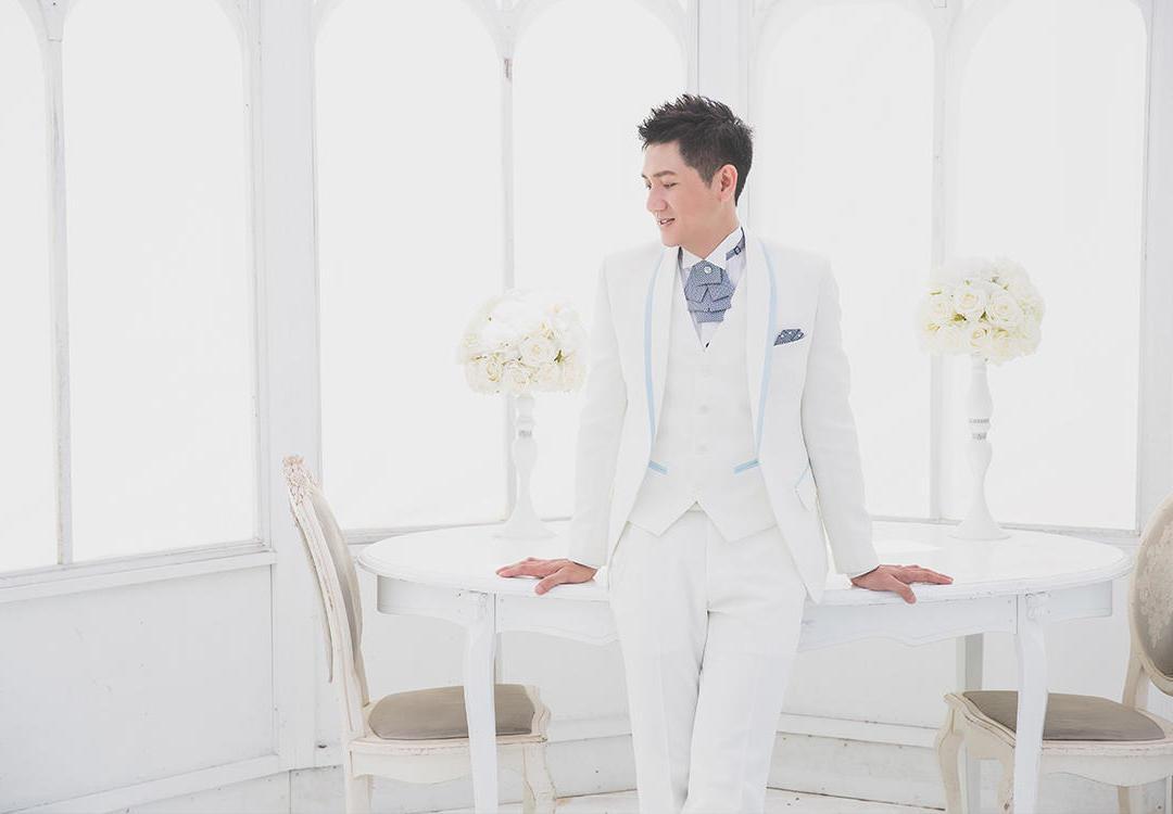 綜藝天王主持人張菲同款西服-極致的男人品味西服