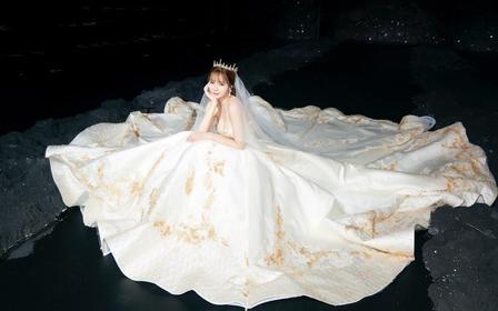 【人气超值奢华套餐】主纱+出门纱或秀禾+礼服