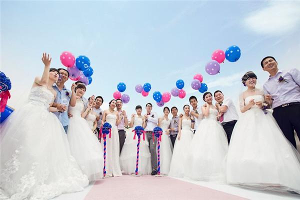 集体婚礼是什么 集体婚礼的优缺点比较