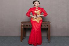 中式婚宴几套衣服?
