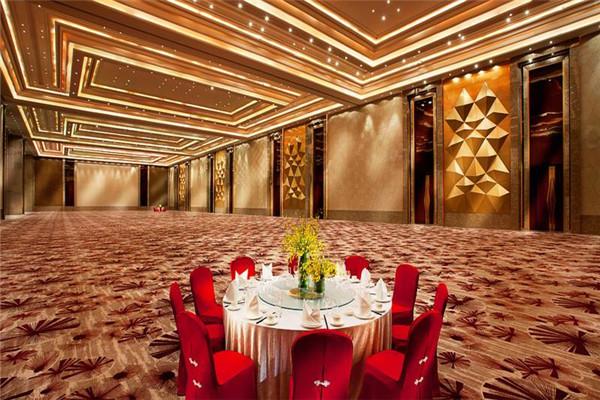 青岛适合订婚宴的酒店有哪些?