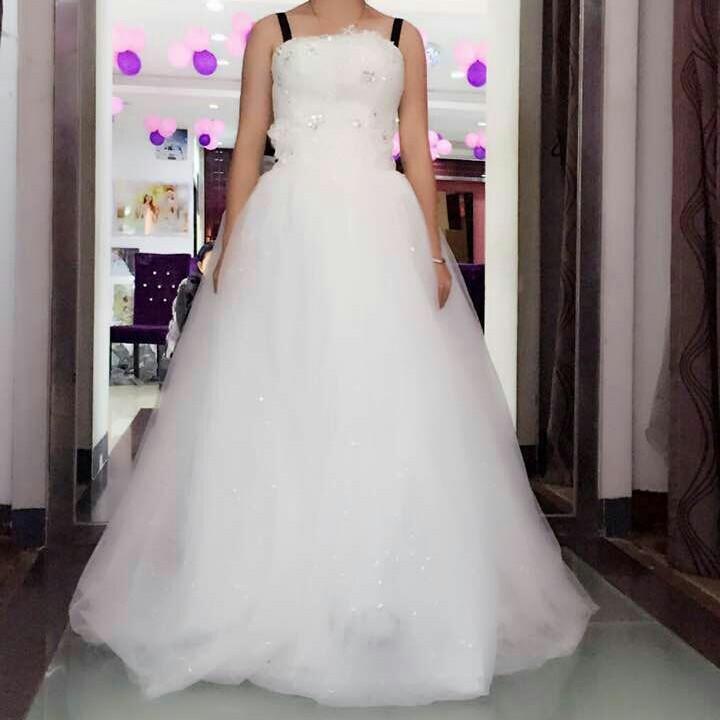 婚纱礼服平价特卖