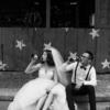骑着机车拍婚纱照才最屌!洱海也能拍出时尚大片