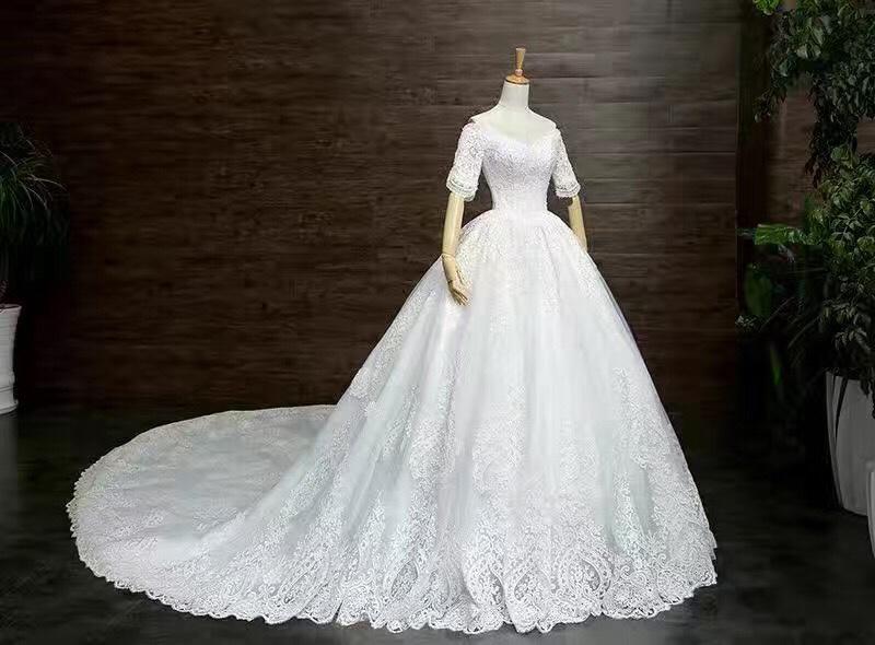 MARRY ME摩瑞婚纱高级定制