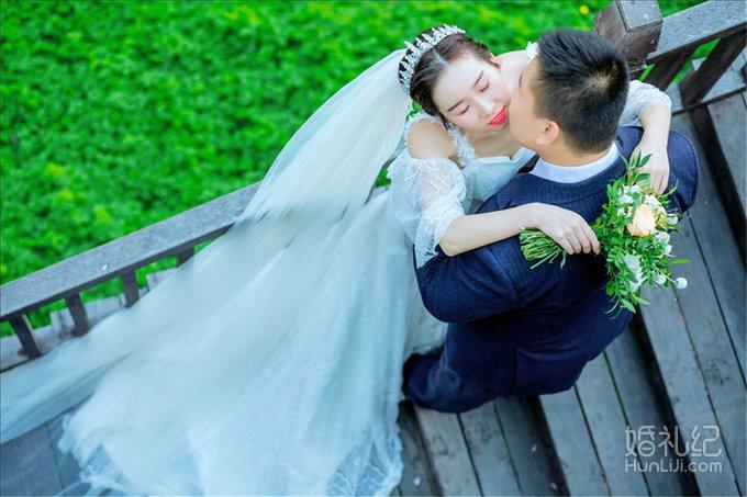 分享我的婚纱照