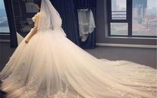 西式婚宴几套衣服合适?