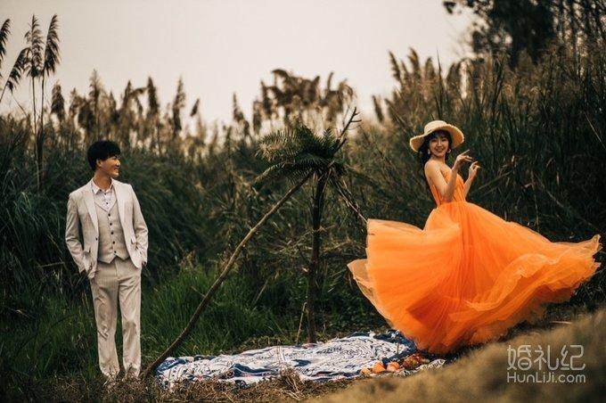 【讨论】19年拍婚纱照都拍几套?你们觉得拍几套最合适呀?