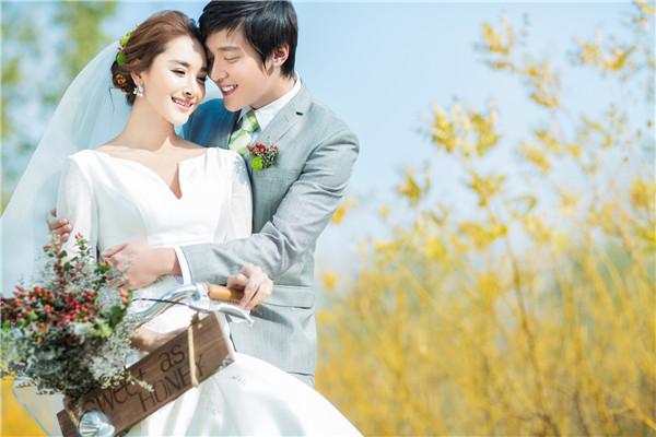 婚纱照怎么挑选 婚纱照选片原则