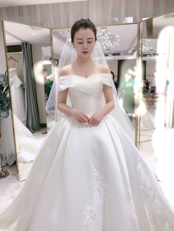 【選紗】婚禮倒計時,大家快幫我選選吧