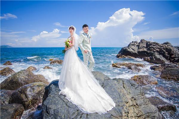 4月三亚拍婚纱照哪里的景色好?