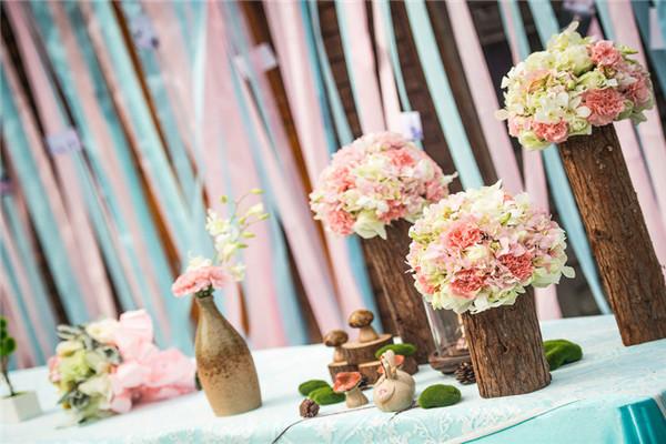 婚礼用花主要有哪些 婚礼用花装饰讲究