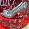 热乎乎的婚鞋 镂空银色美翻我啦!