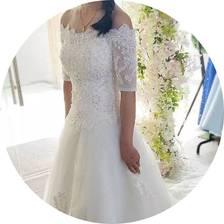 2500元搞定4套婚纱礼服,预算不高如何租到高品质的婚纱?